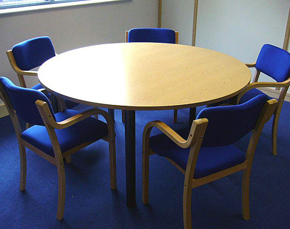 Circular-Meeting-Table
